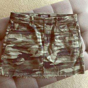 Express skirt size 8 🛍💕